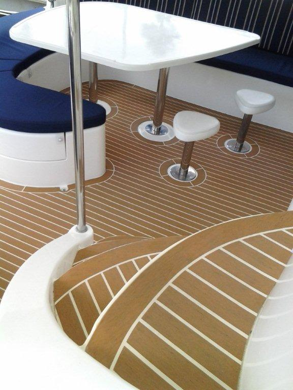 YachtExterior1